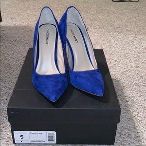 Classic royal blue pumps